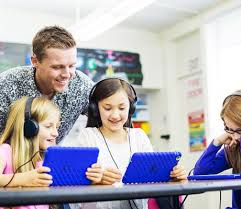 How Can Teachers Promote Technological Literacy Among Students?